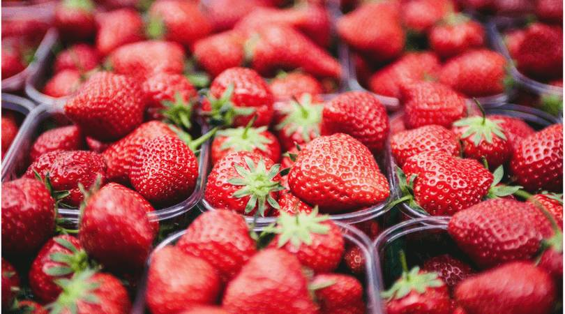 high-blood-pressure-diet-strawberries